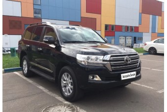 Toyota Land Cruiser 200 '15