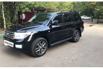Toyota Land Cruiser 200 '08