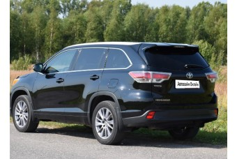 Toyota Land Highlander '14